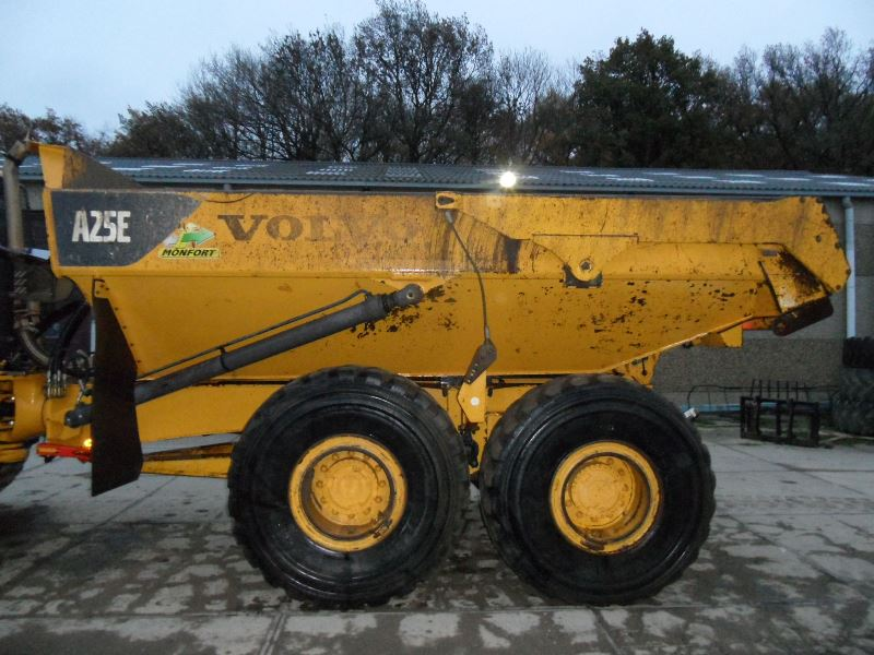 Volvo-A25